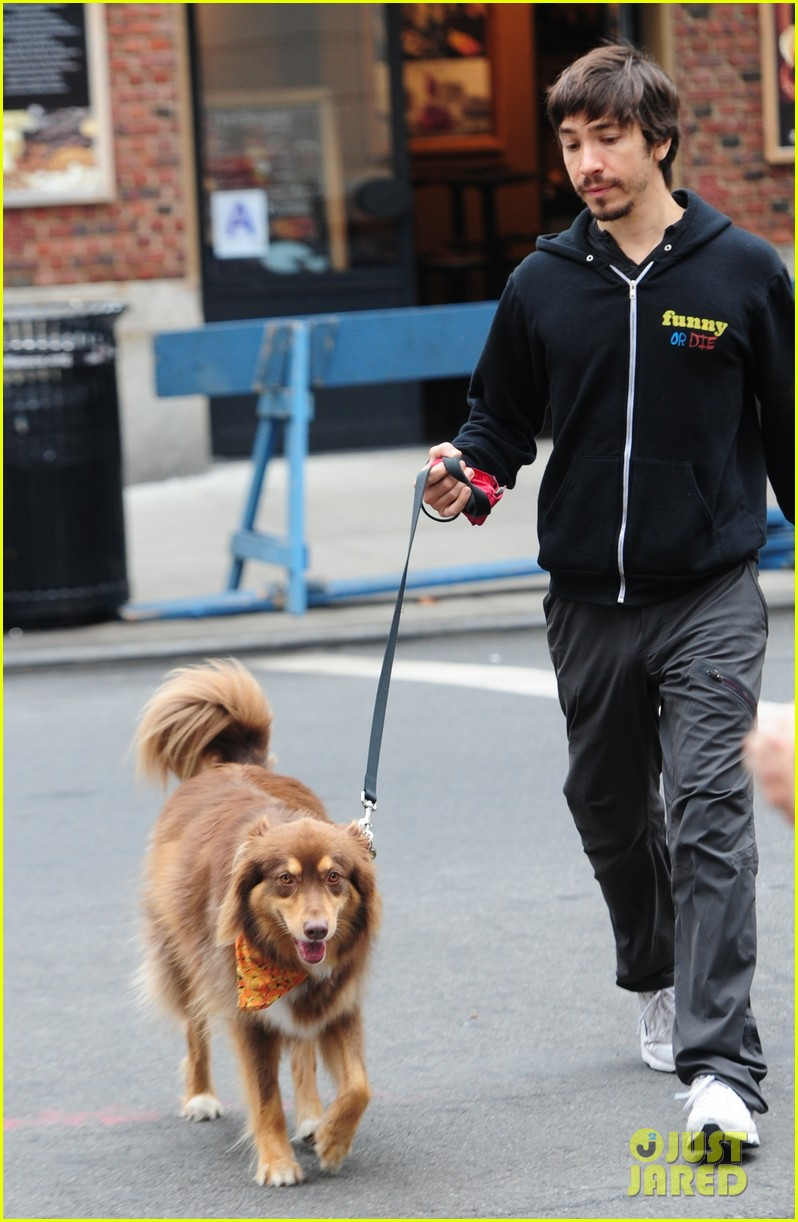 amanda seyfried justin long walk finn after gym 04