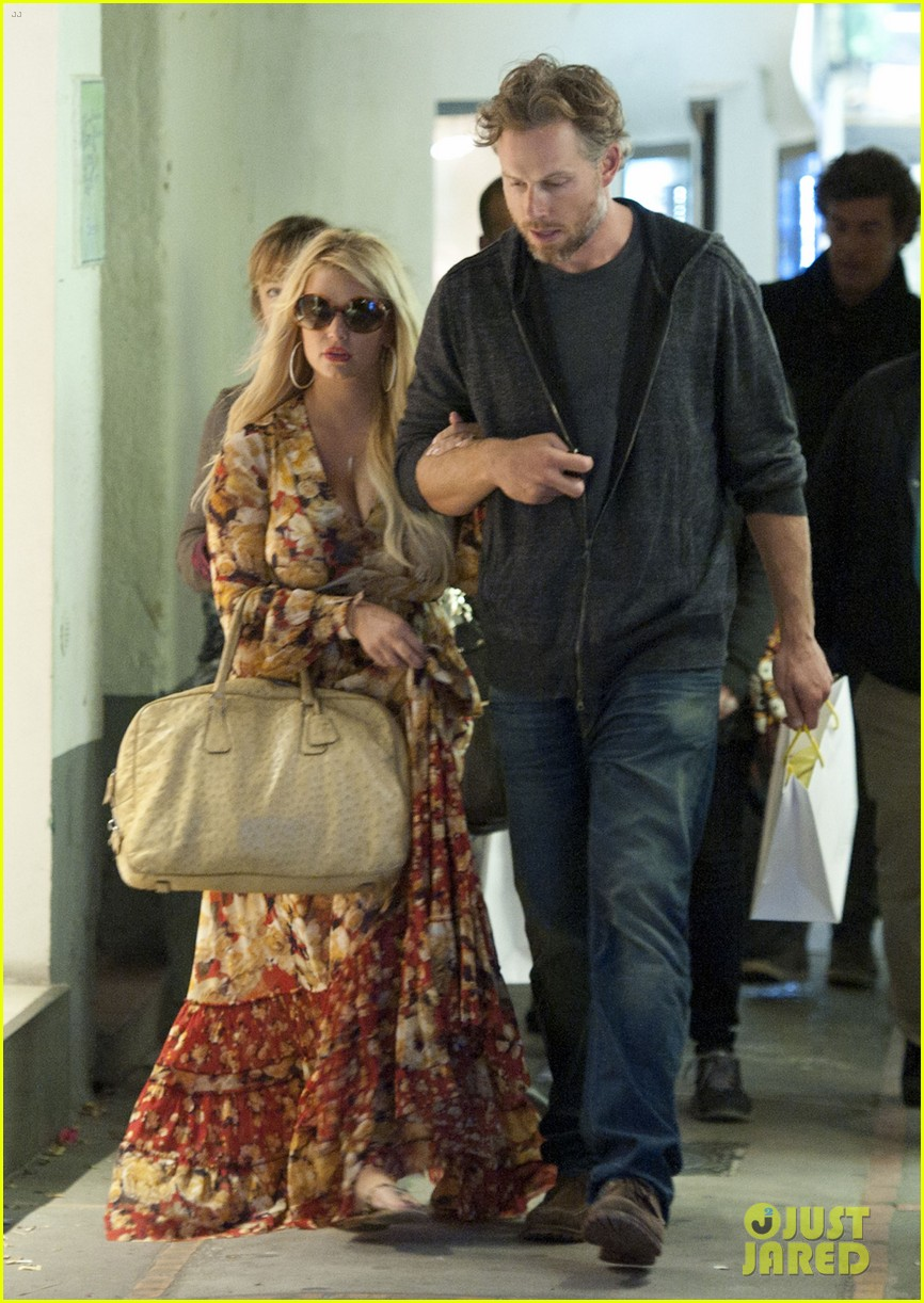 jessica simpson eric johnson in capri prepping wedding 192973246