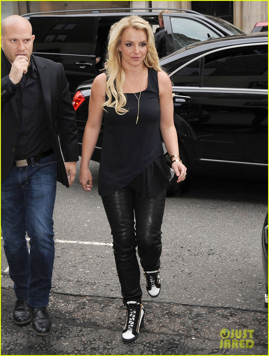 britney spears makes capital fm radio appearance in london 09