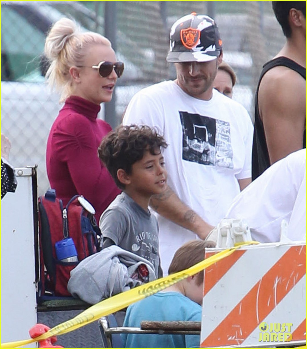 britney spears jayden soccer game with kevin federline 19