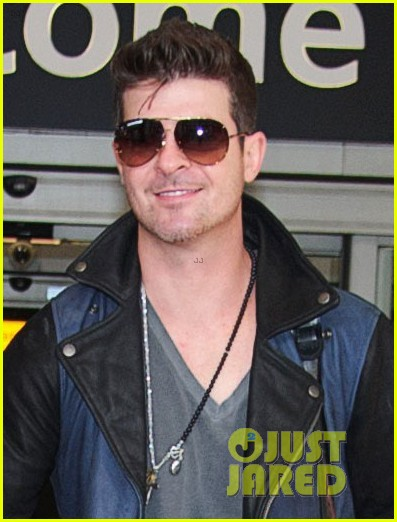robin thicke london night out with paula patton 02