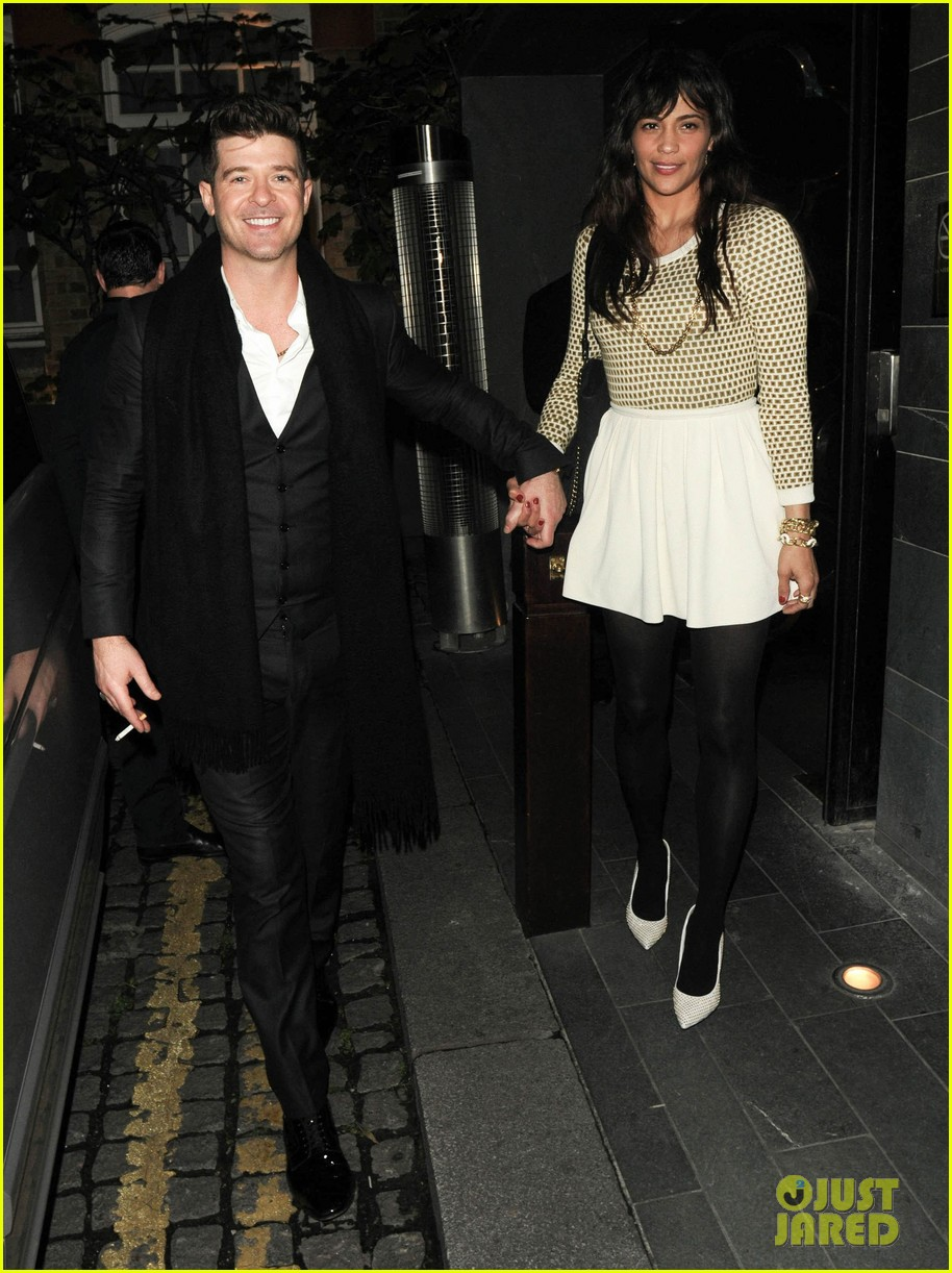 robin thicke london night out with paula patton 06