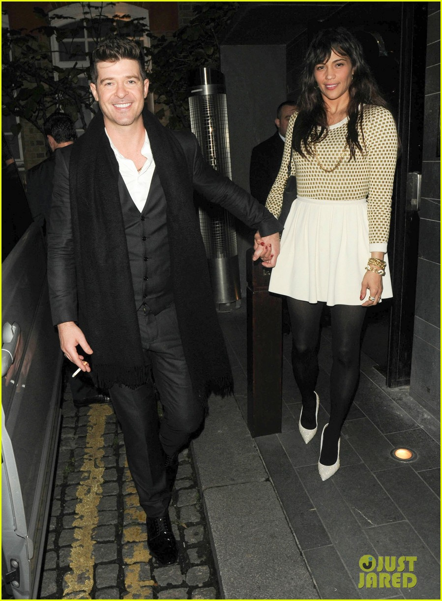 robin thicke london night out with paula patton 07