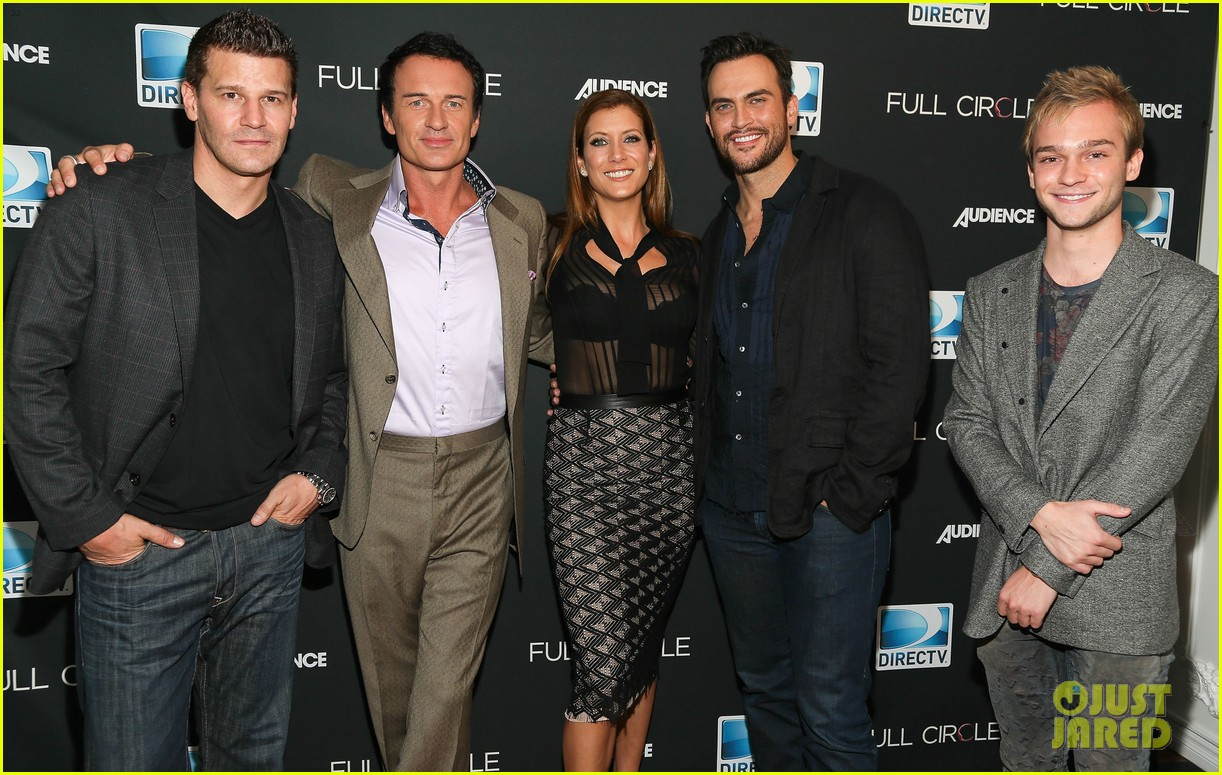 kate walsh cheyenne jackson full circle cast dinner 04