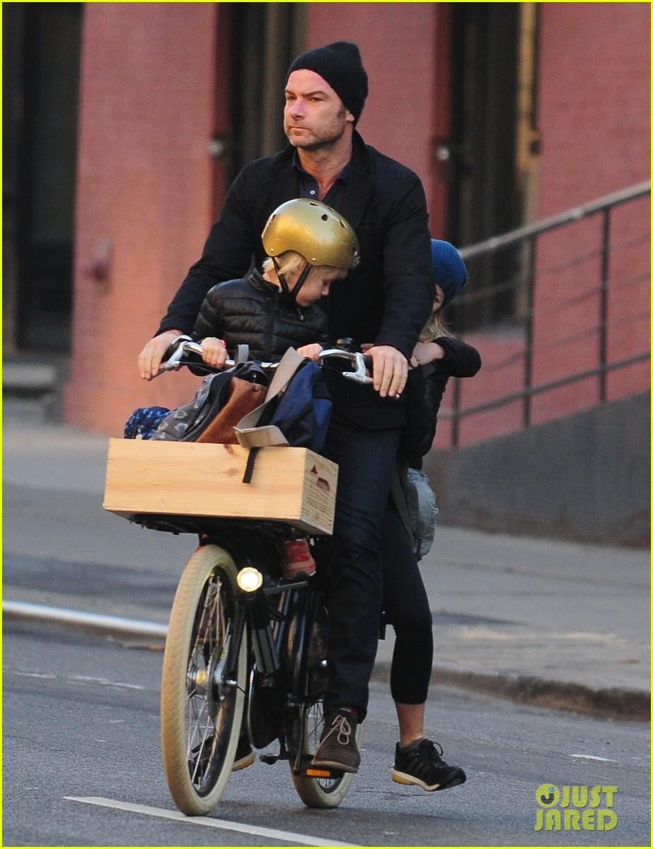 naomi watts liev screiber boys all ride on same bike 072973013