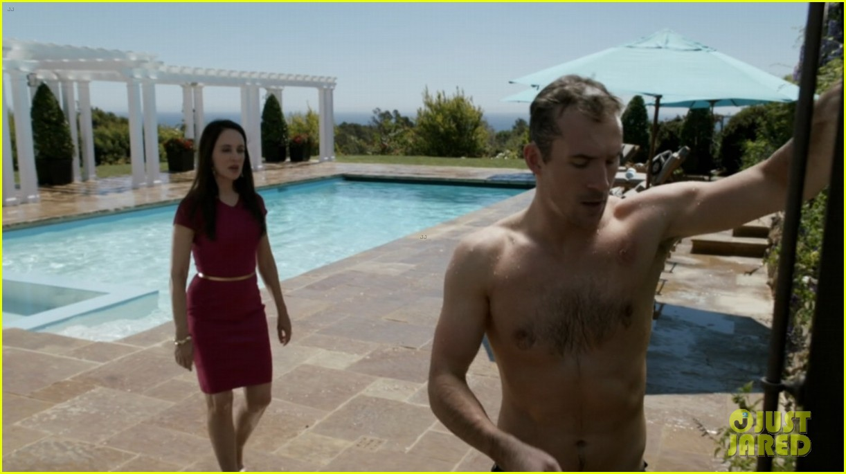 nick wechsler barry sloane revenge shirtless studs 082981642