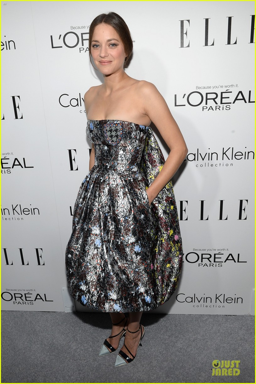 reese witherspoon marion cotillard elle women in hollywood celebration 16