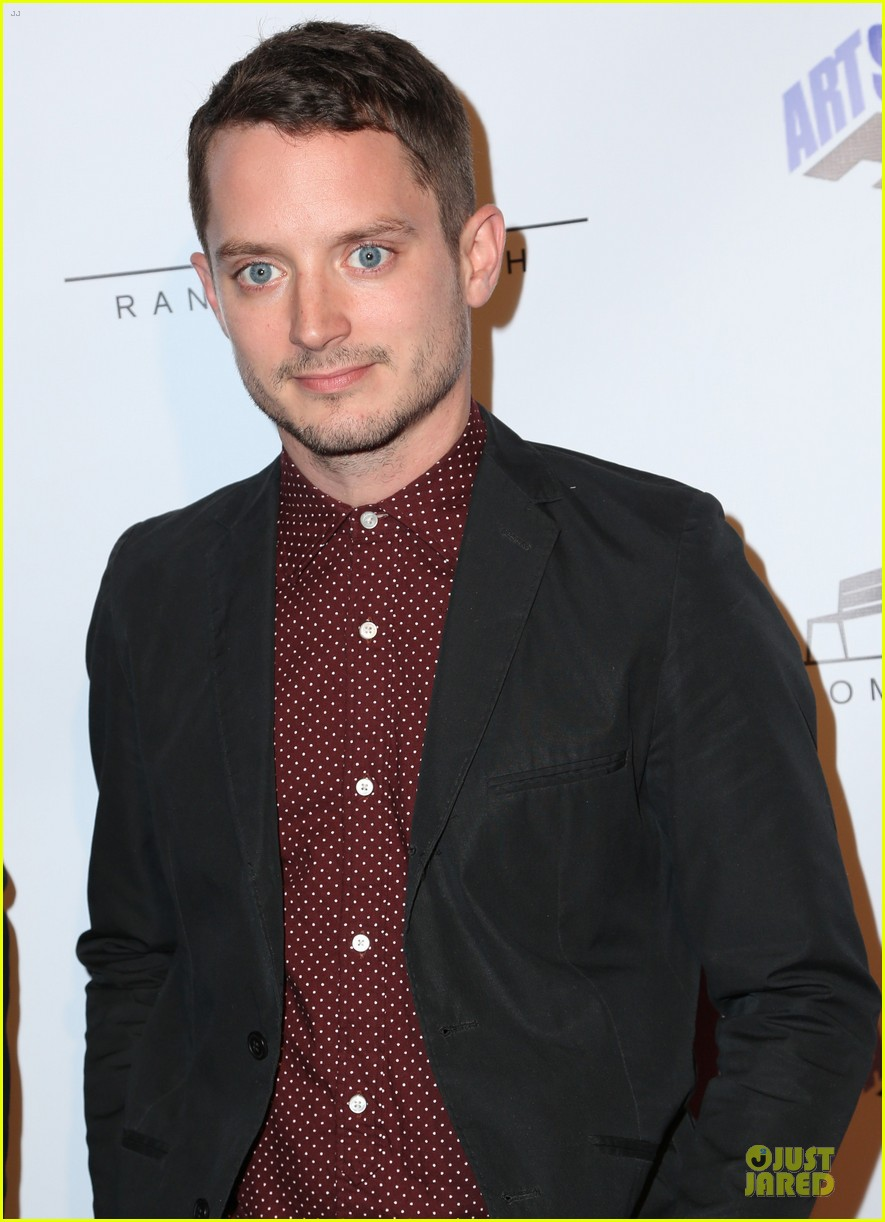 elijah wood toad road hollywood premiere 04