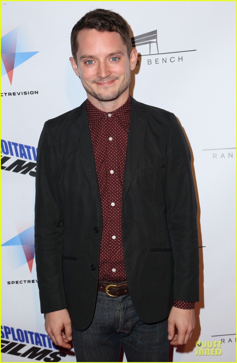 elijah wood toad road hollywood premiere 05