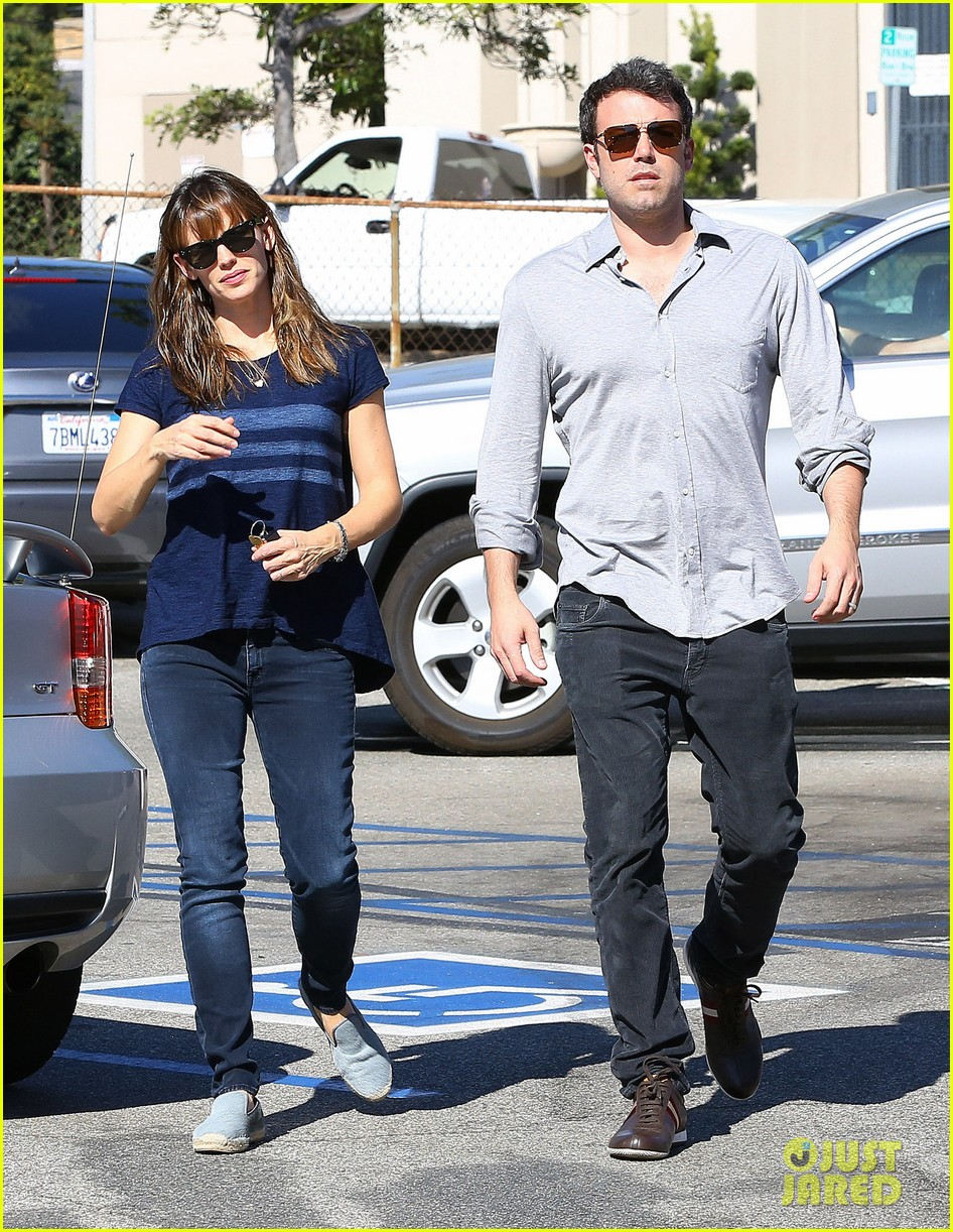 ben affleck jennifer garner daredevil becoming a tv series 20