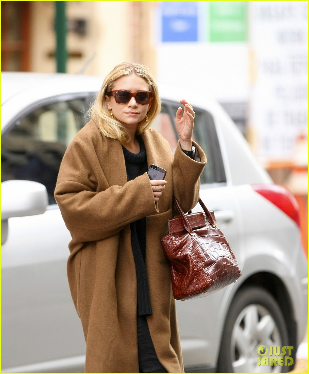 ashley olsen madison avenue shopper 05