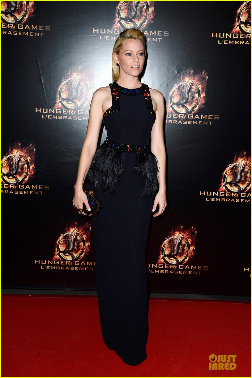 elizabeth banks really important catching fire questions exclusive 122993549