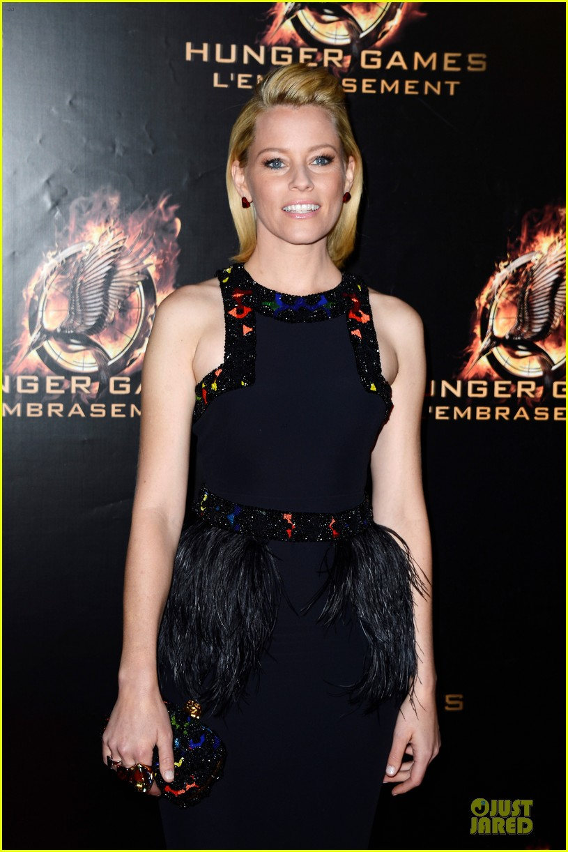 elizabeth banks really important catching fire questions exclusive 16