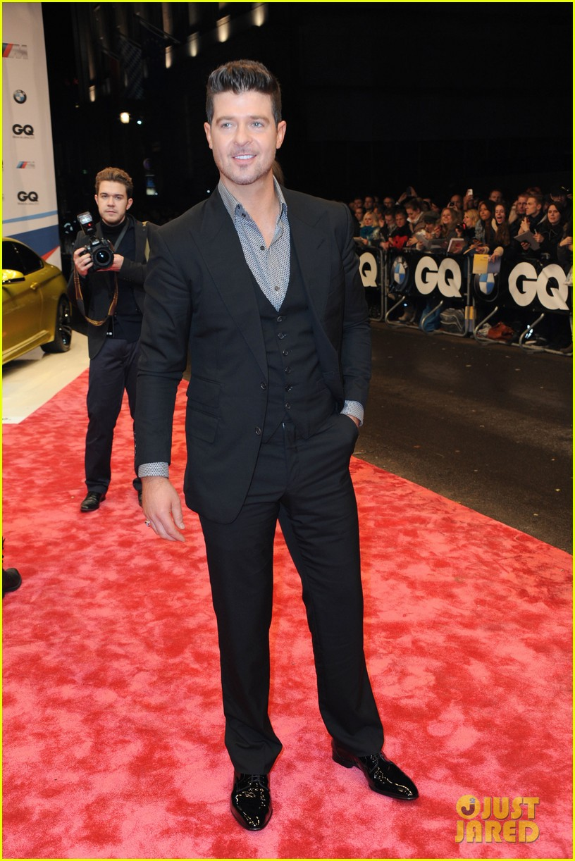 david beckham robin thicke gq men of the year awards 012987781