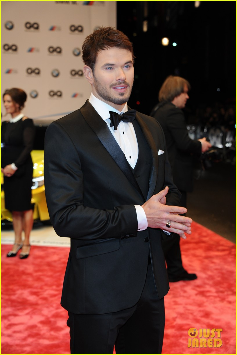 david beckham robin thicke gq men of the year awards 08