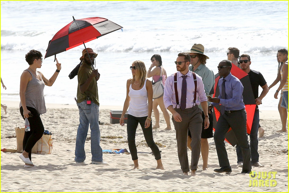 kristen bell house of cards beach filming 16