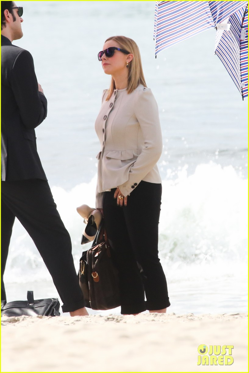 kristen bell house of cards beach filming 232988002