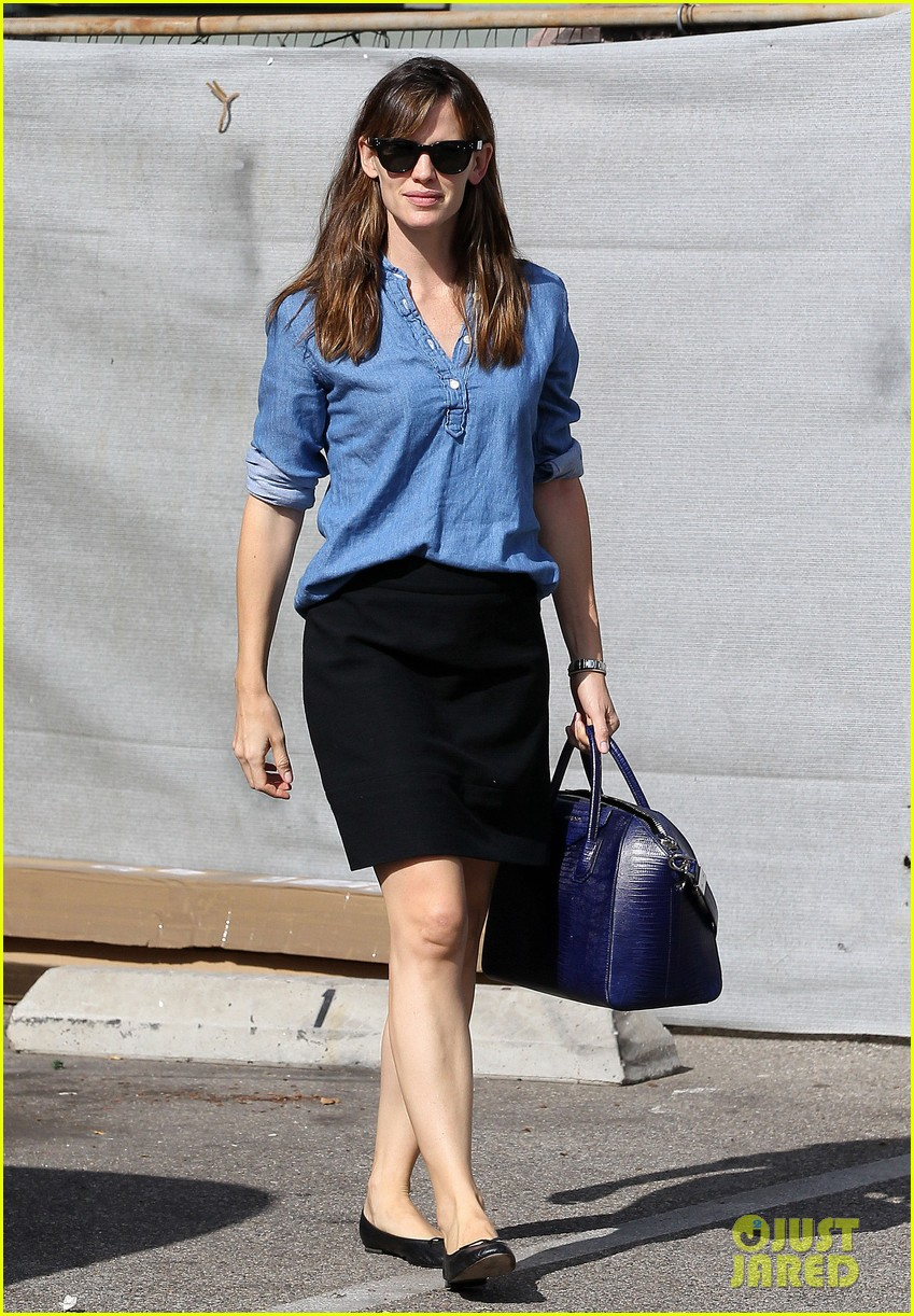 ben affleck jennifer garner busy sunday santa monica 08