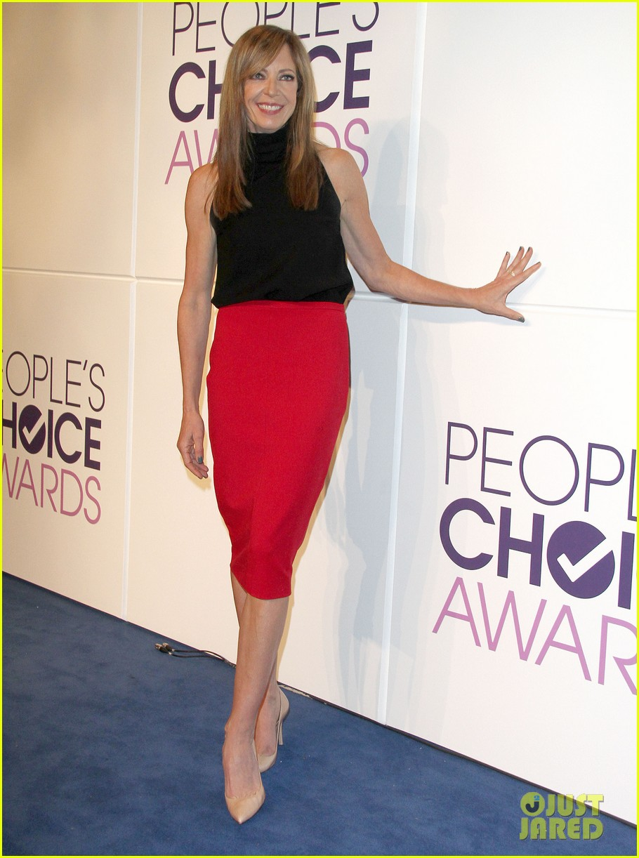 rachel bilson peoples choice awards nominations conference 212986600
