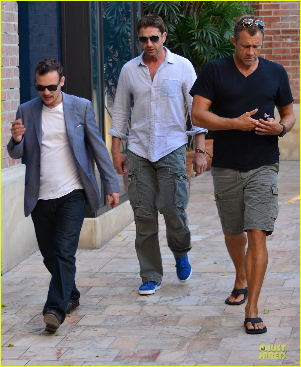 gerard butler beverly hills outing after kane lynch news 032987320