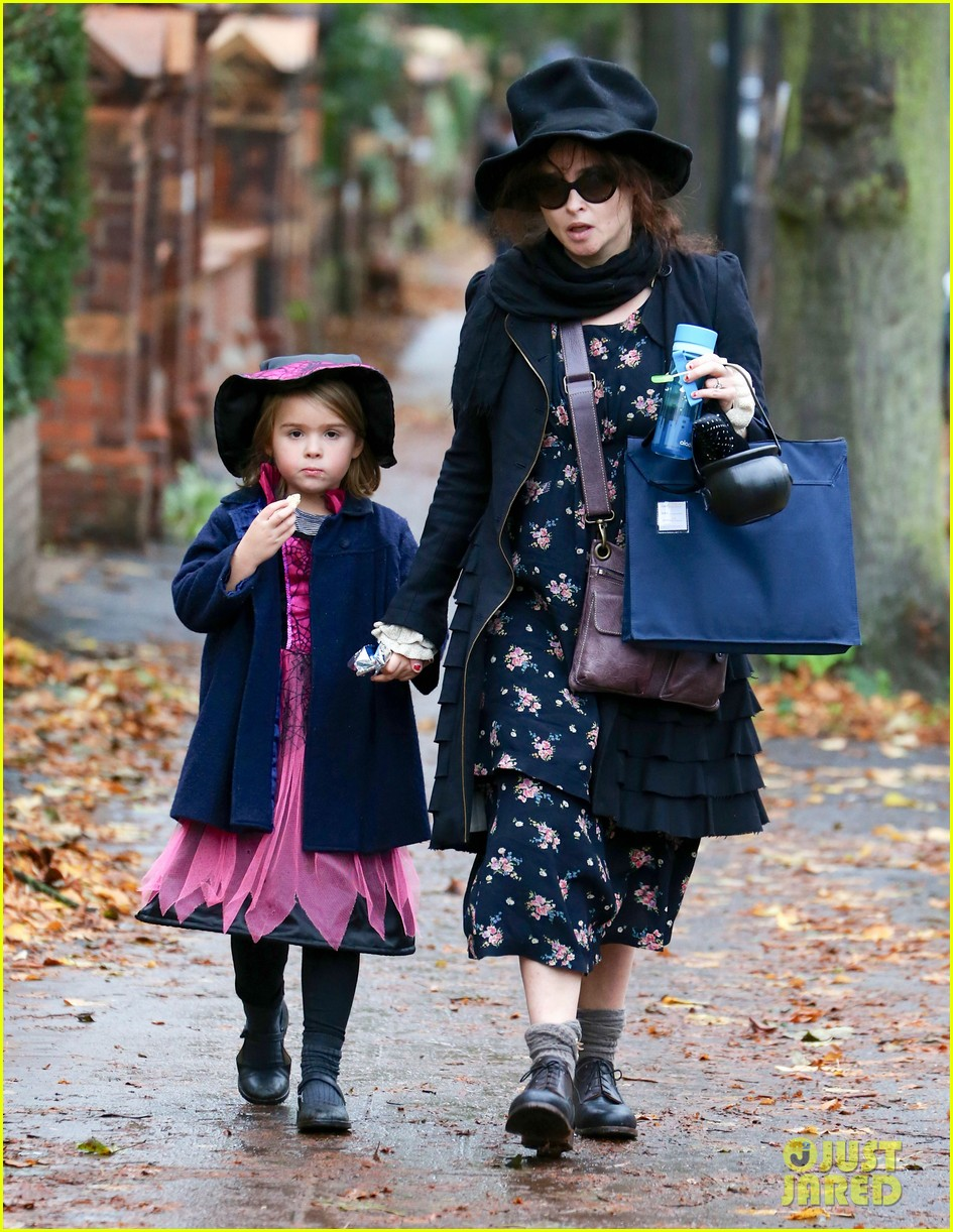 helena bonham carter trick or treats with daughter nell 012983751
