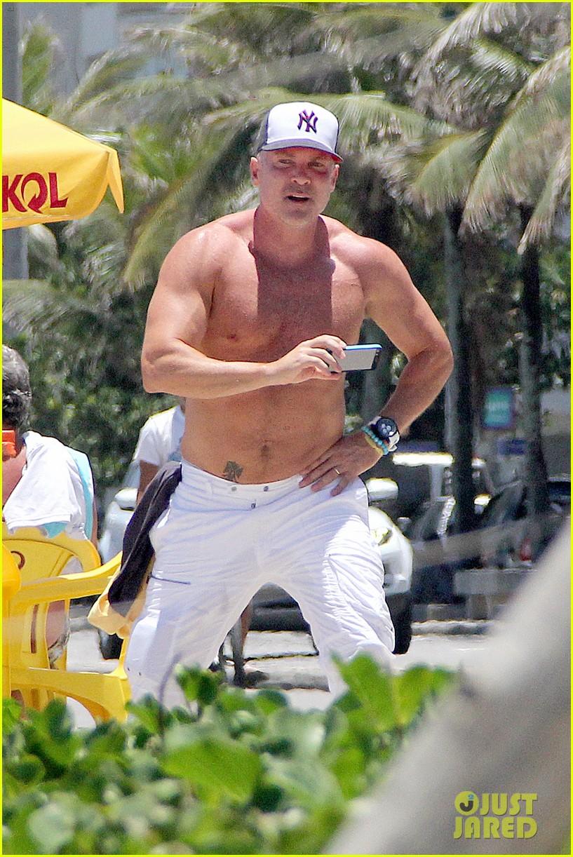 gma sam champion continues shirtless honeymoon 09