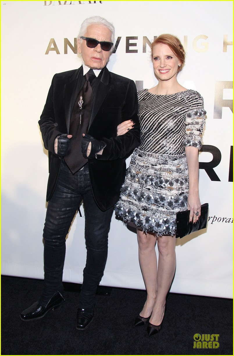 jessica chastain honors karl lagerfeld 06
