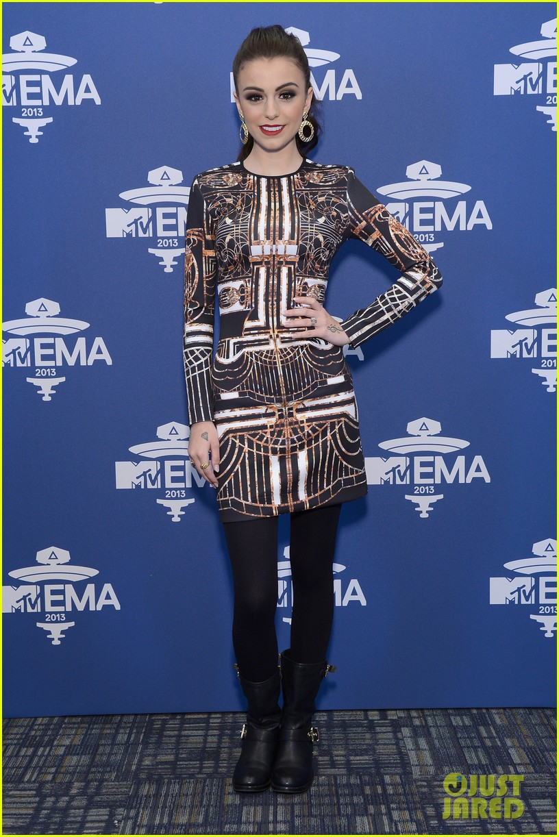 darren criss cher lloyd mtv ema us telecast meet greet 012990057