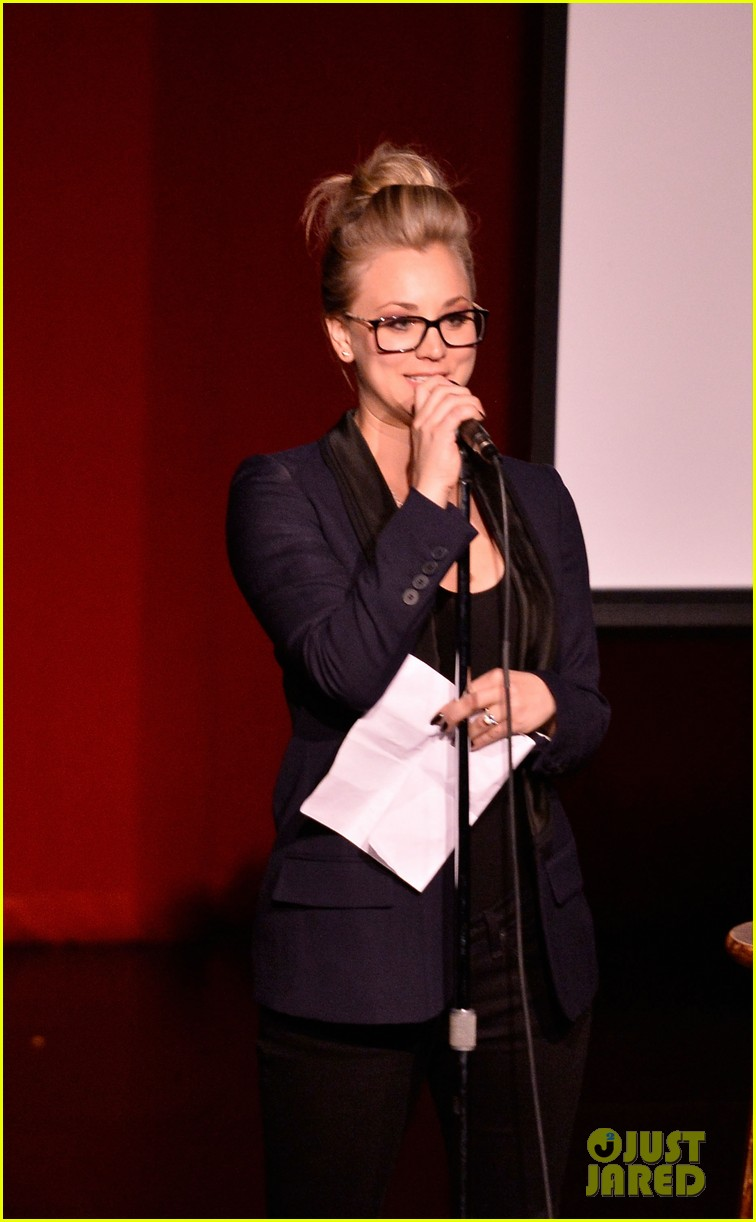 kaley cuoco ryan sweeting stand up for pits 062985949