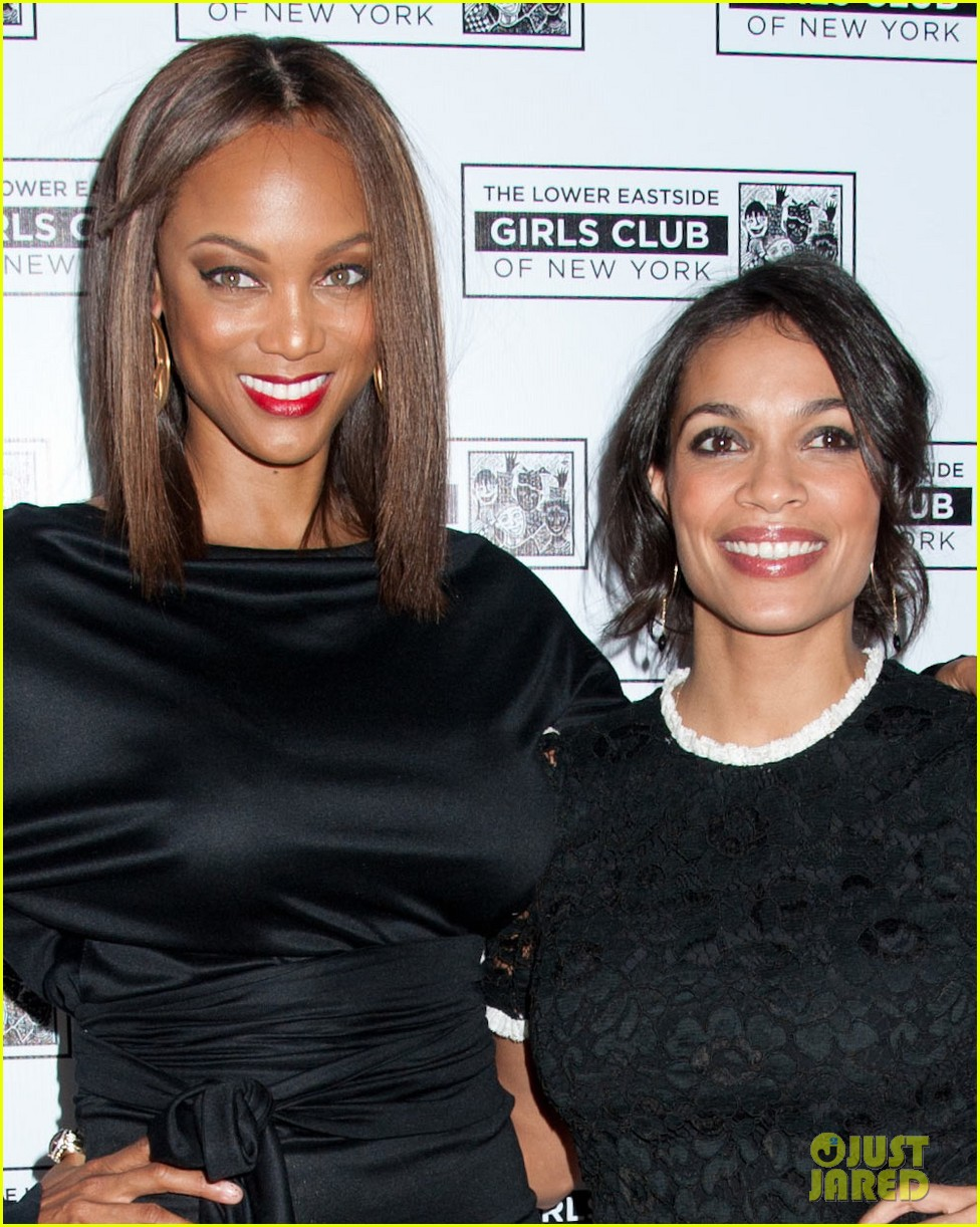 rosario dawson tyra banks lower east side girls club gala 06