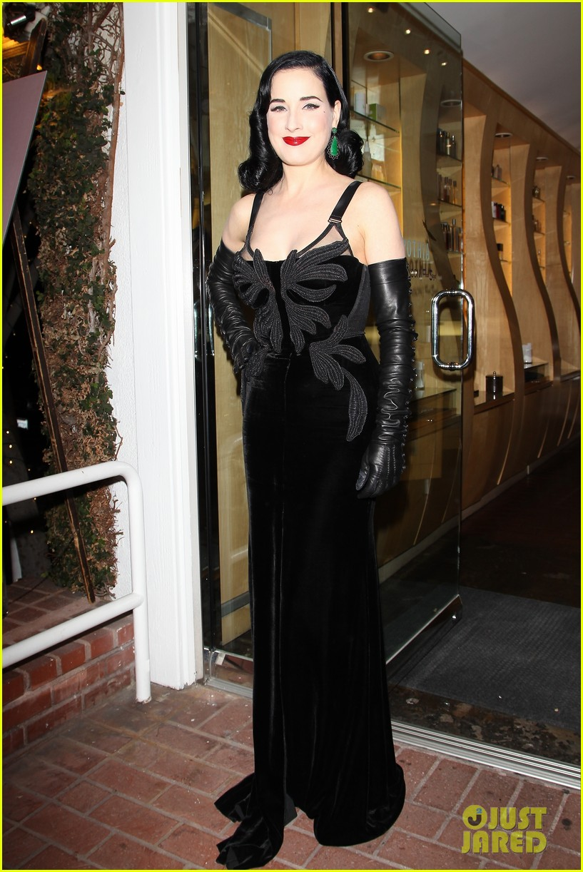 dita von teese erotique fragrance launch 06
