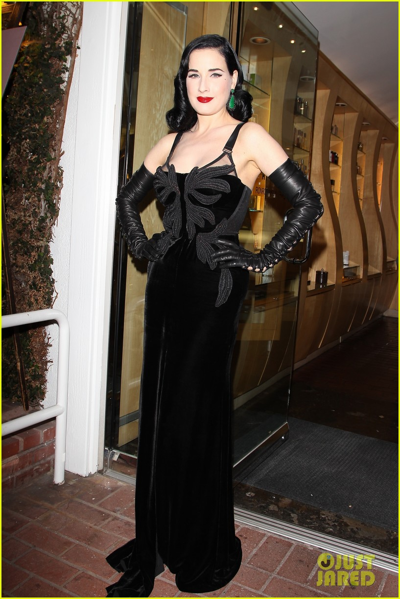 dita von teese erotique fragrance launch 072998070