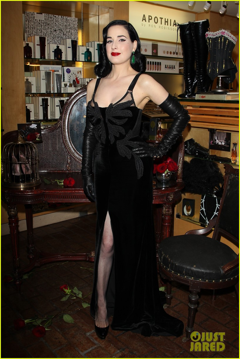 dita von teese erotique fragrance launch 09