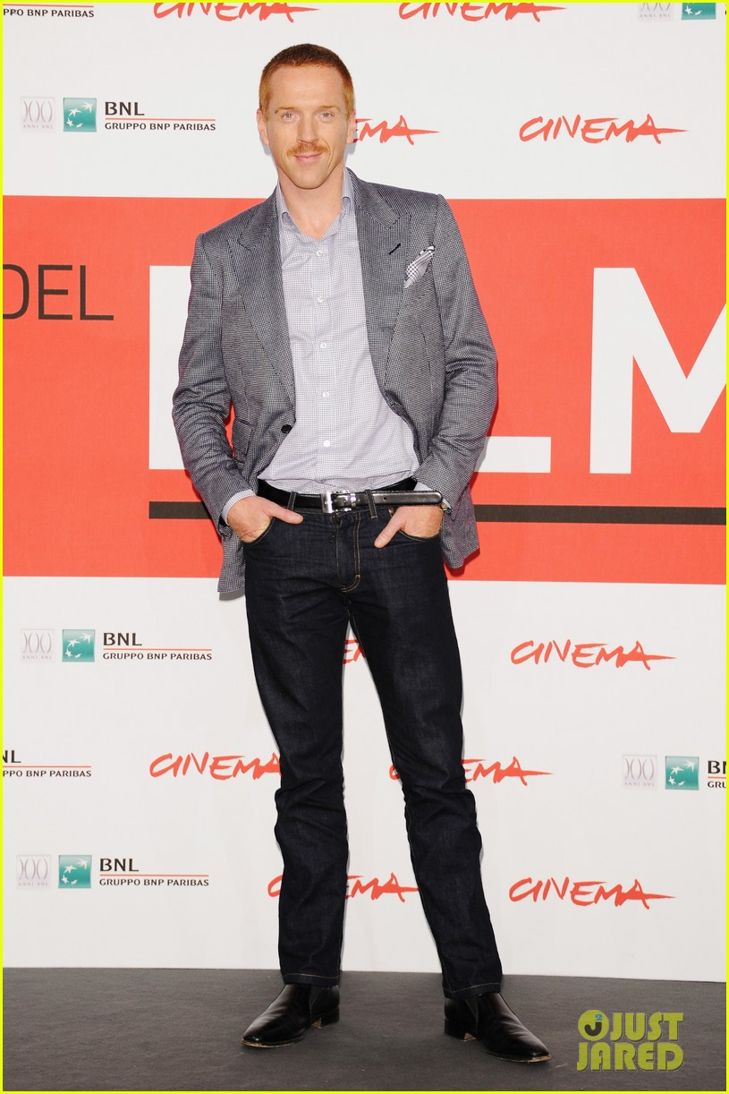 douglas booth damian lewis romeo juliet rome photo call 11