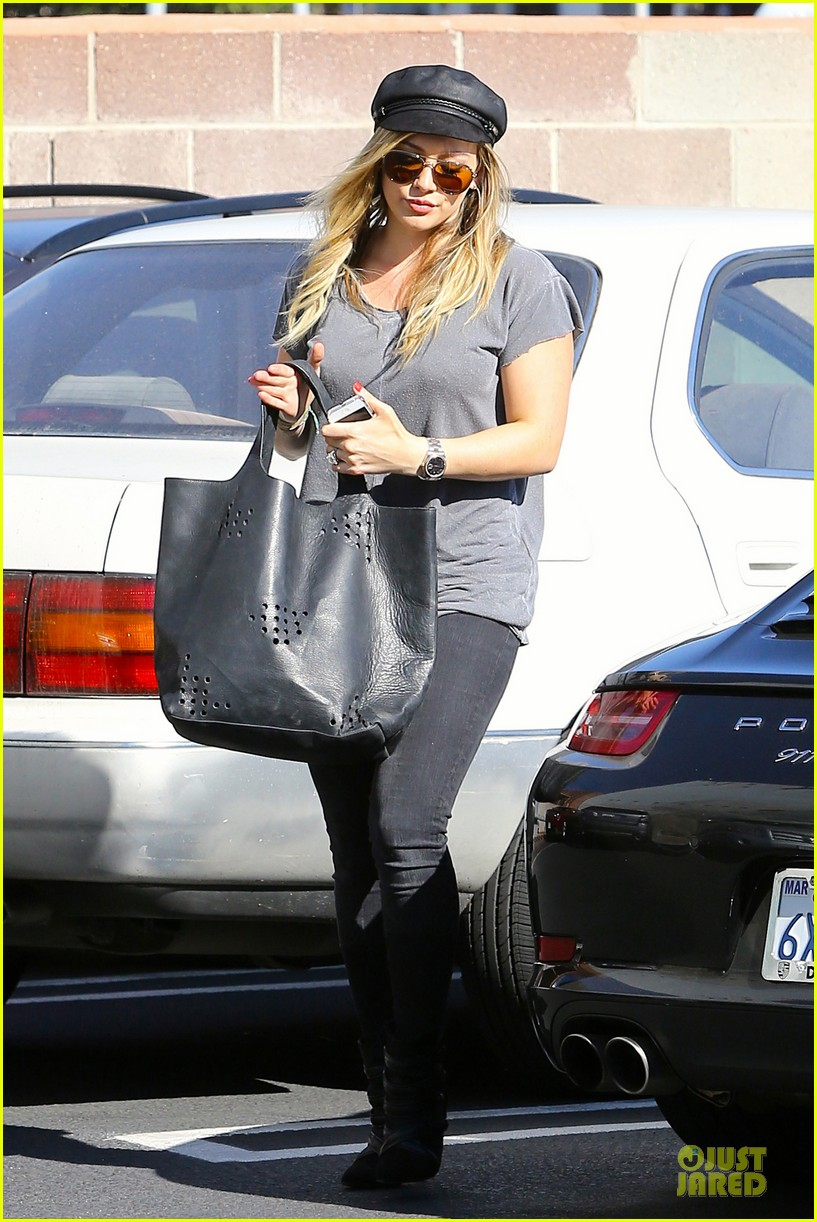hilary duff i would like to try for a girl 29
