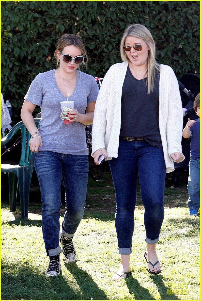 hilary duff monday workout after farmer market fun 10