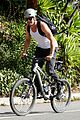 josh duhamel bares his biceps in muscle tank on bike ride 22