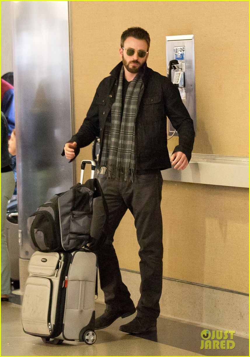 chris evans steps out after split from minka kelly 05