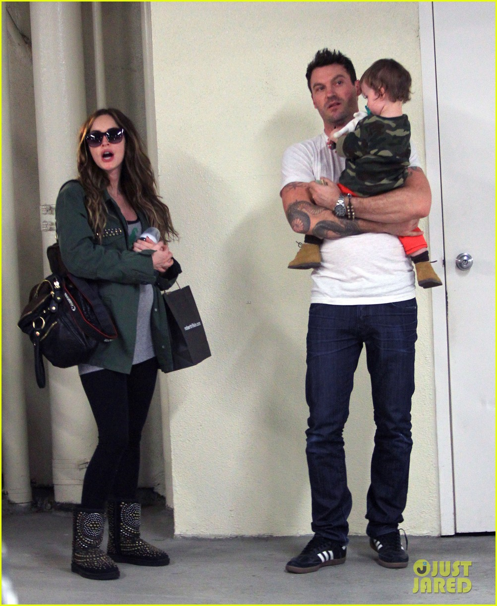 megan fox brian austin green take noah to the doctor 193000963