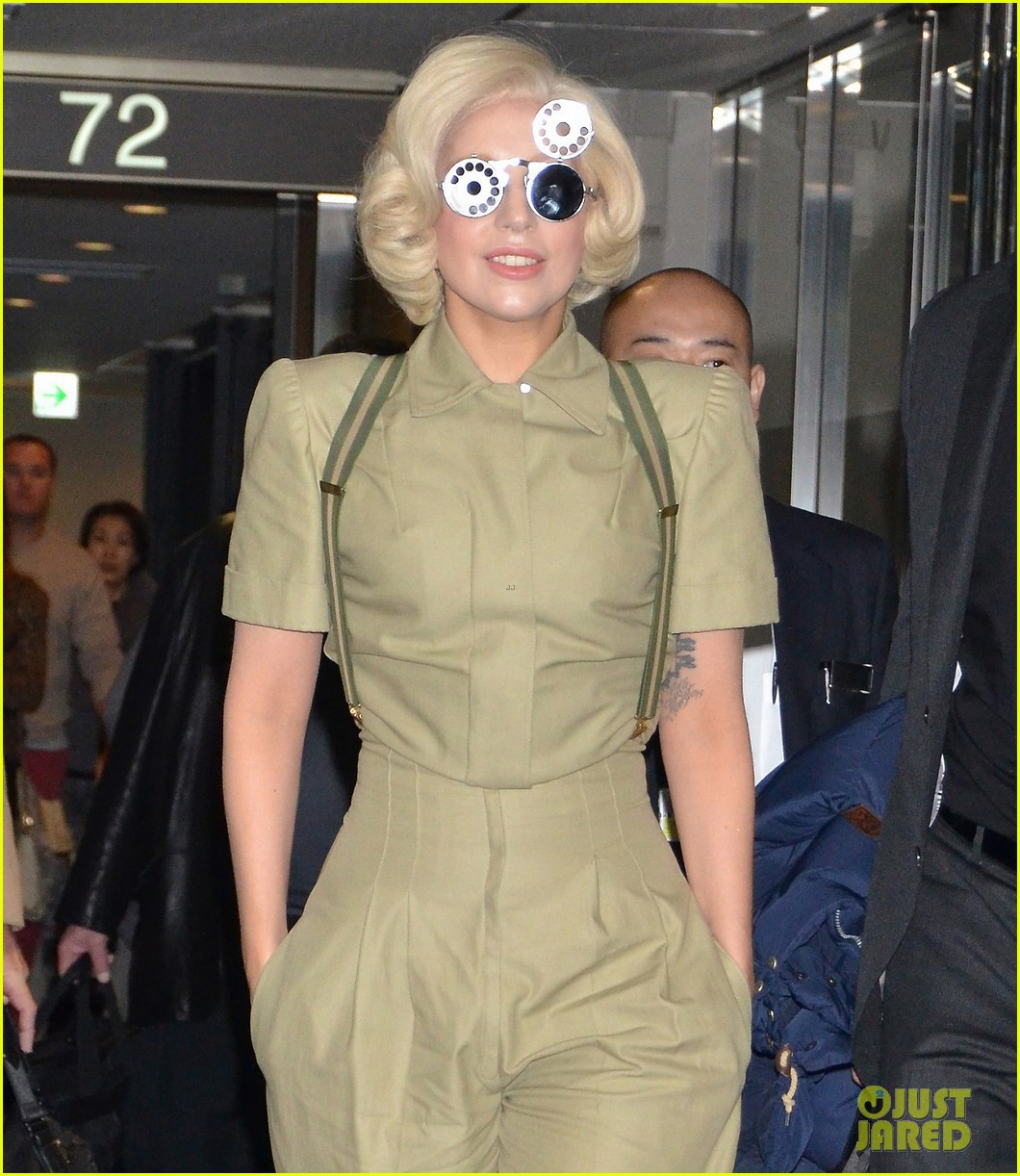 lady gaga arrives in tokyo to promote artpop 10