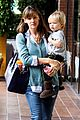 jennifer garner kicks off week with family time 06