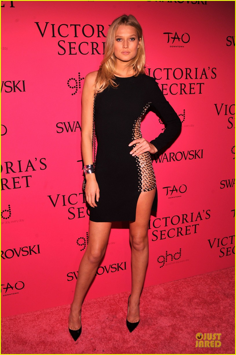 toni garrn karlie kloss victorias secret fashion show after party 2013 012992415