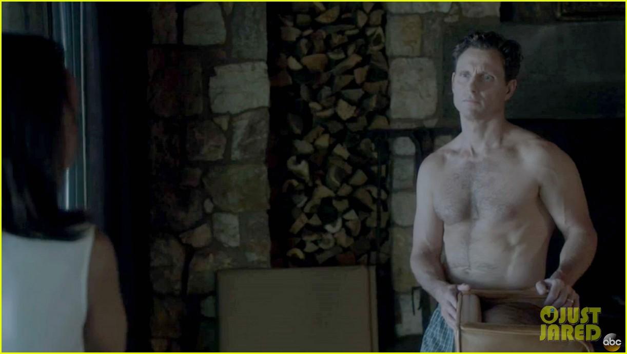 tony goldwyn shirtless pictures scandal 05