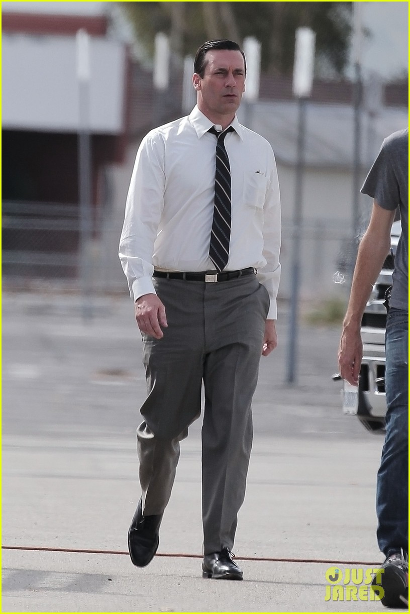 ... Hamm Commando jon hamm skips underwear, appears to go commando on