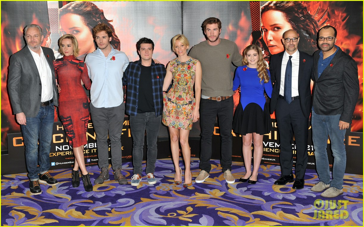 liam hemsworth josh hutcherson catching fire london photo call 022990208