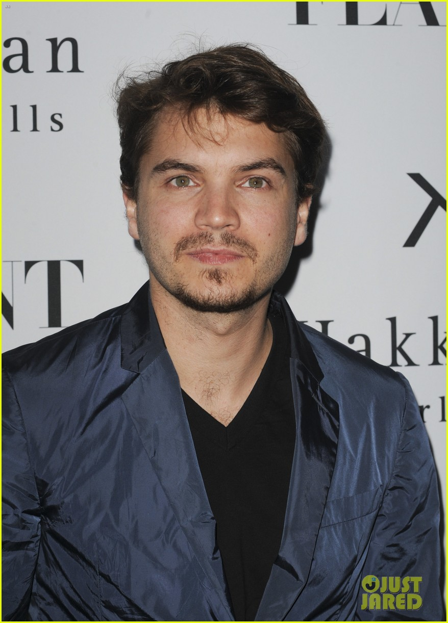 emile hirsch lydie hearst flaunt magazine launch party 04