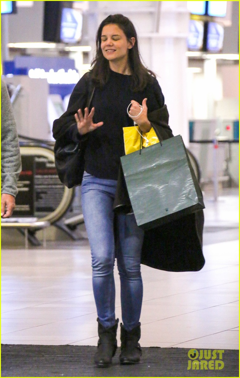 katie holmes arrives back in south africa 042996720