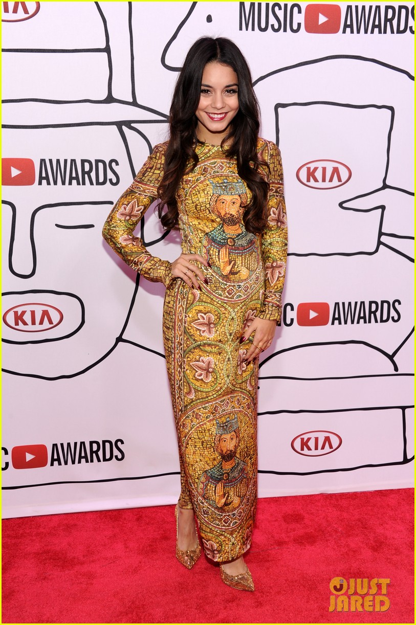 Vanessa hudgens dress 2013
