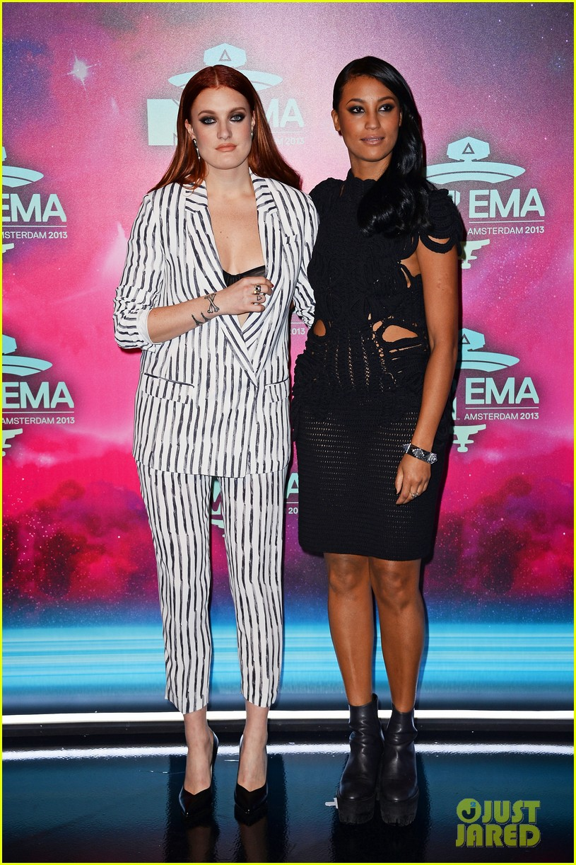 icona pop redfoo mtv emas 2013 red carpet 06