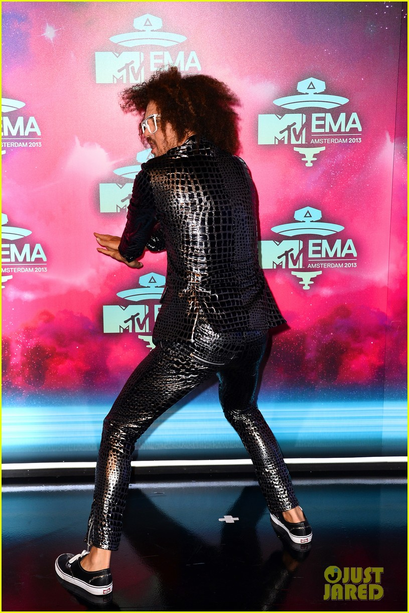 icona pop redfoo mtv emas 2013 red carpet 08